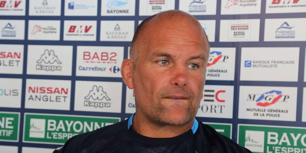 Yannick Bru explique sa composition d'équipe contre Toulon