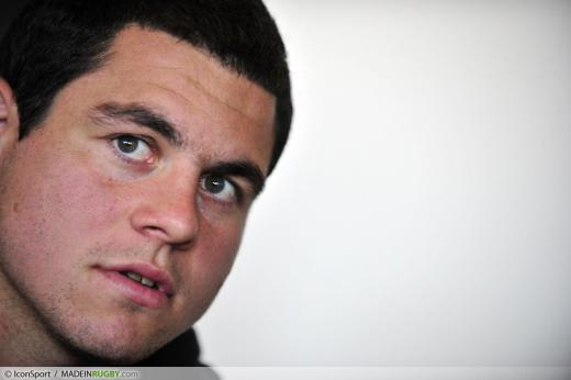 guilhem-guirado-13-09-2011-conference-de-presse-de-l-equipe-de-france--coupe-du-monde-de-rugby-2011---20110915091812-8794